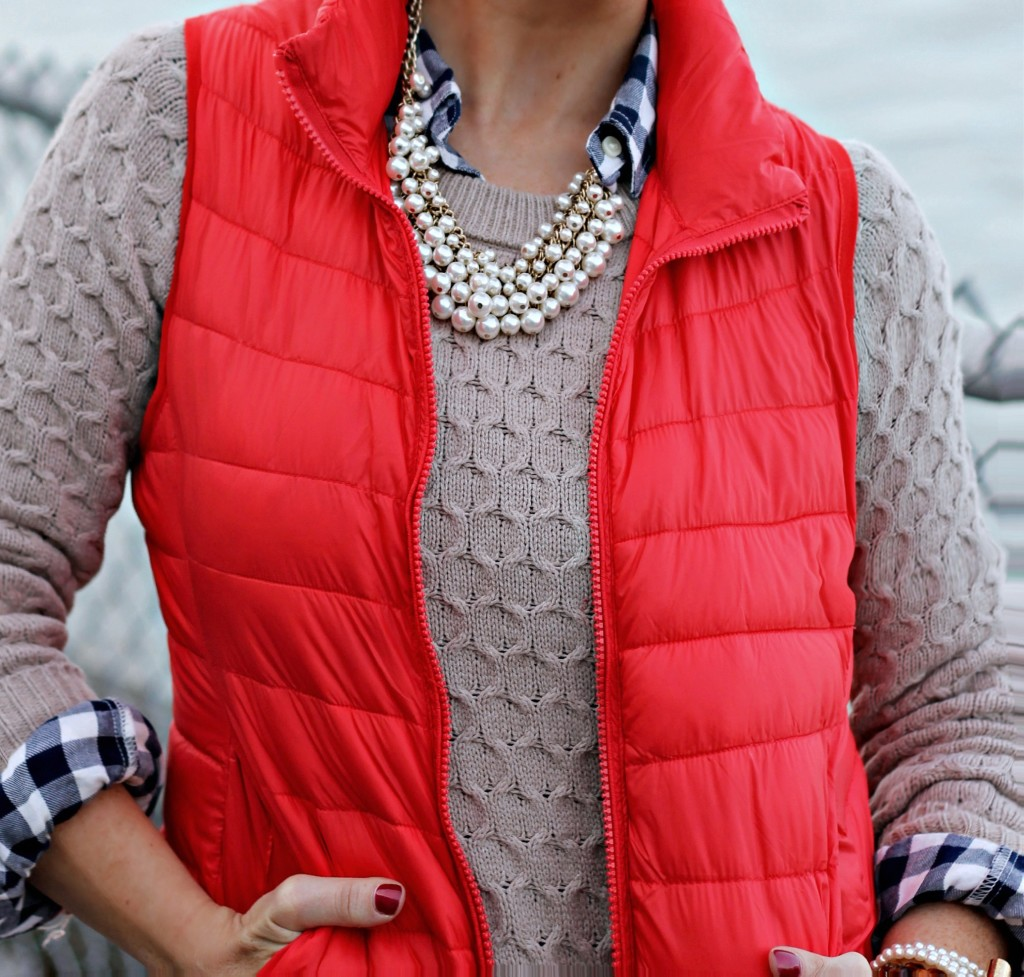 Red-Vest-Fall-Layers-Details-2