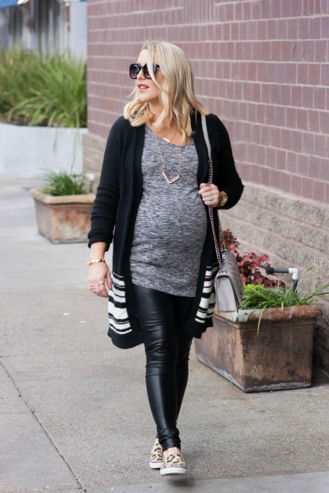 c1391246b97c4 Tips for How to Wear Faux Leather Leggings