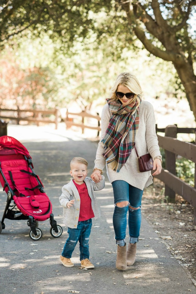 City Tour Stroller by Baby Jogger – YOU. NEED. THIS.