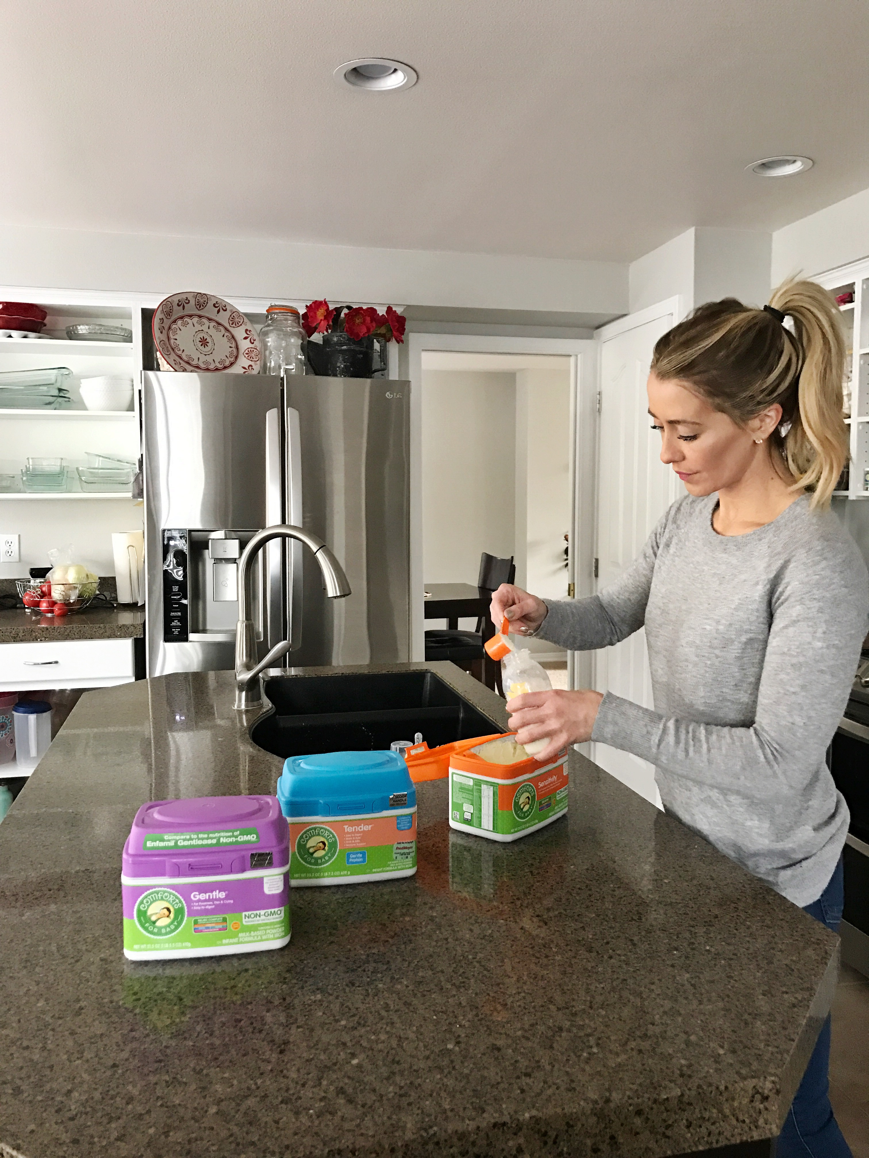 Comforts Formula by popular San Francisco mom blogger For the Love