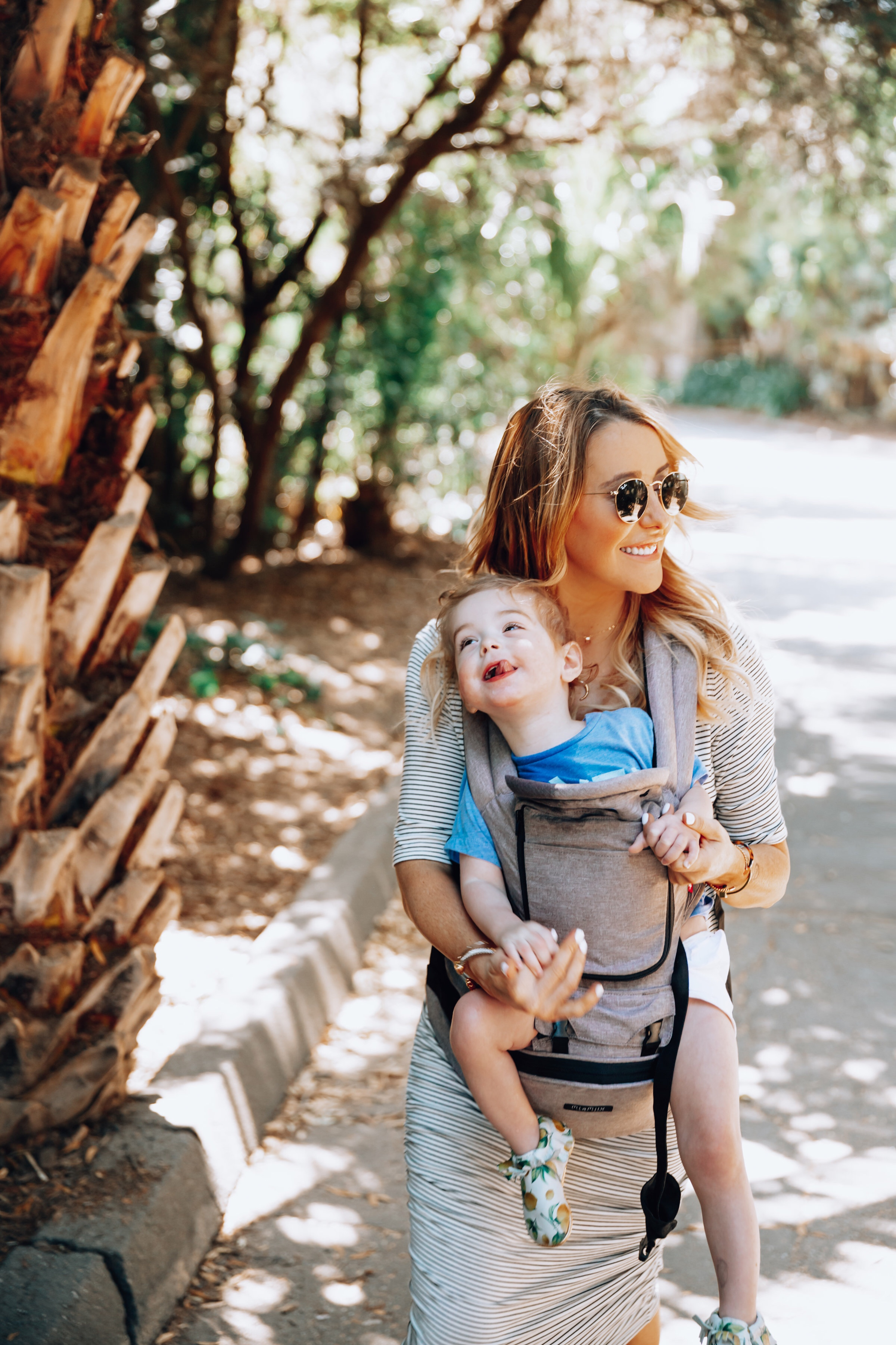 Miamily Hipster Read This Before You Buy A Baby Carrier For The Love